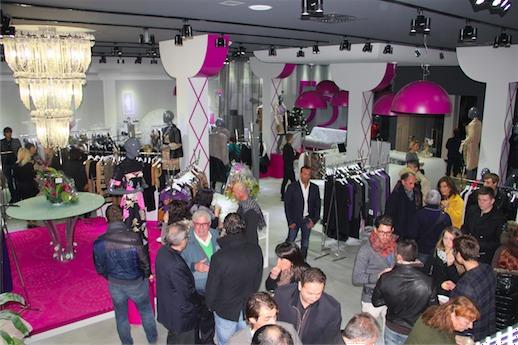 Открытие брендового оптового магазина 555 в Римини